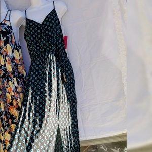 New xhilaration dress